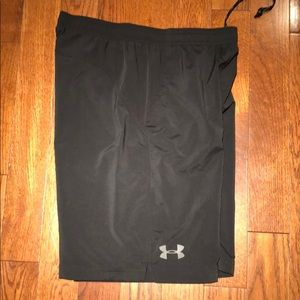 Under Armour 9 inch inseam shorts size large